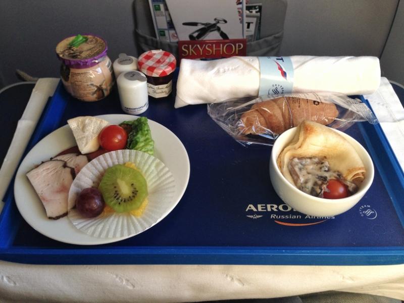 Чем кормит Аэрофлот в бизнес классе