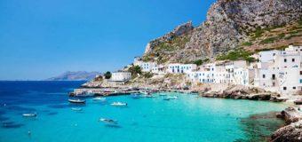 Дешевые чартеры в августе: Сицилия, Сардиния, Неаполь, Римини из Москвы от 8000 руб. туда-обратно