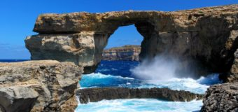 Авиабилеты из Петербурга на Мальту за 10700 руб. туда-обратно осенью